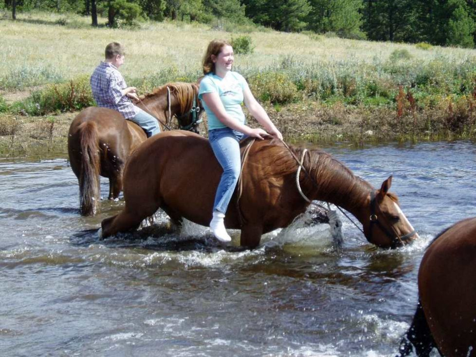 Colorado horse ranch vacation water break