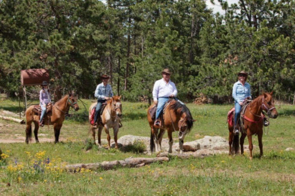 Colorado Dude Ranch Outdoor adventure vacation